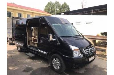 Xe du lịch Limousine